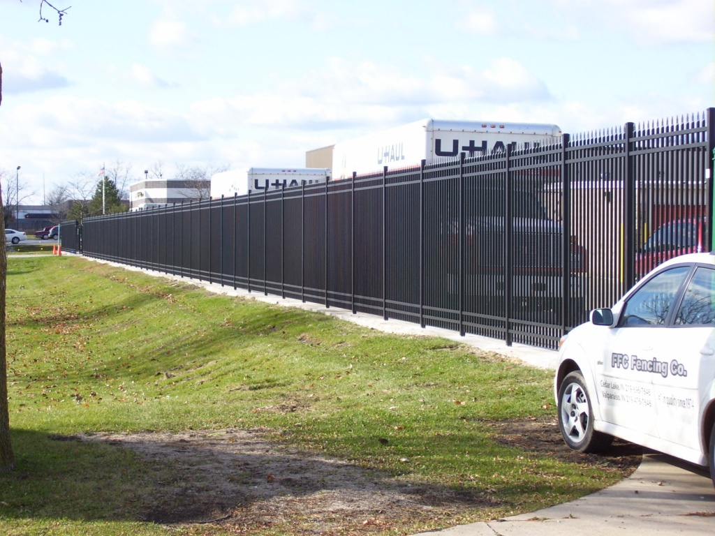 Aluminum commercial…8' tall, commercial grade fence. 3 grades available